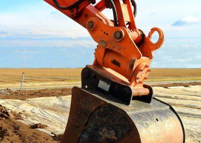 excavators-1680635_1920